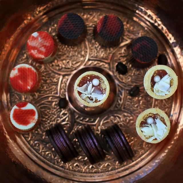корпусные конфеты