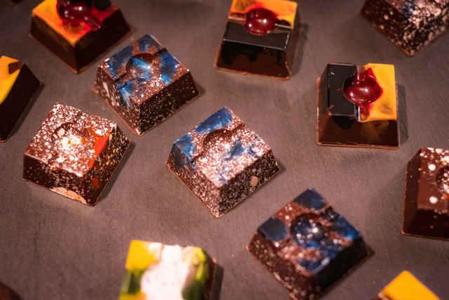 декорирование шоколадных конфет